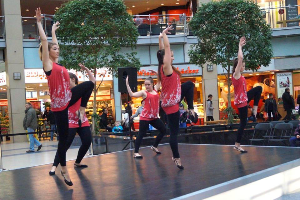 Tanzauftritt zu Azubimesse im Allee-Center Leipzig  17.Januar 2015