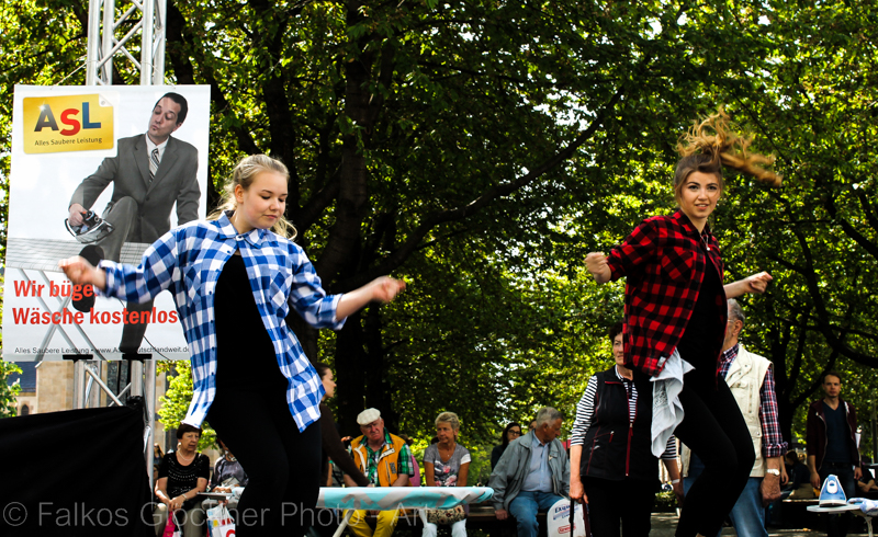Tanzauftritt ASL-Bügelaktion  08.Mai 2015
